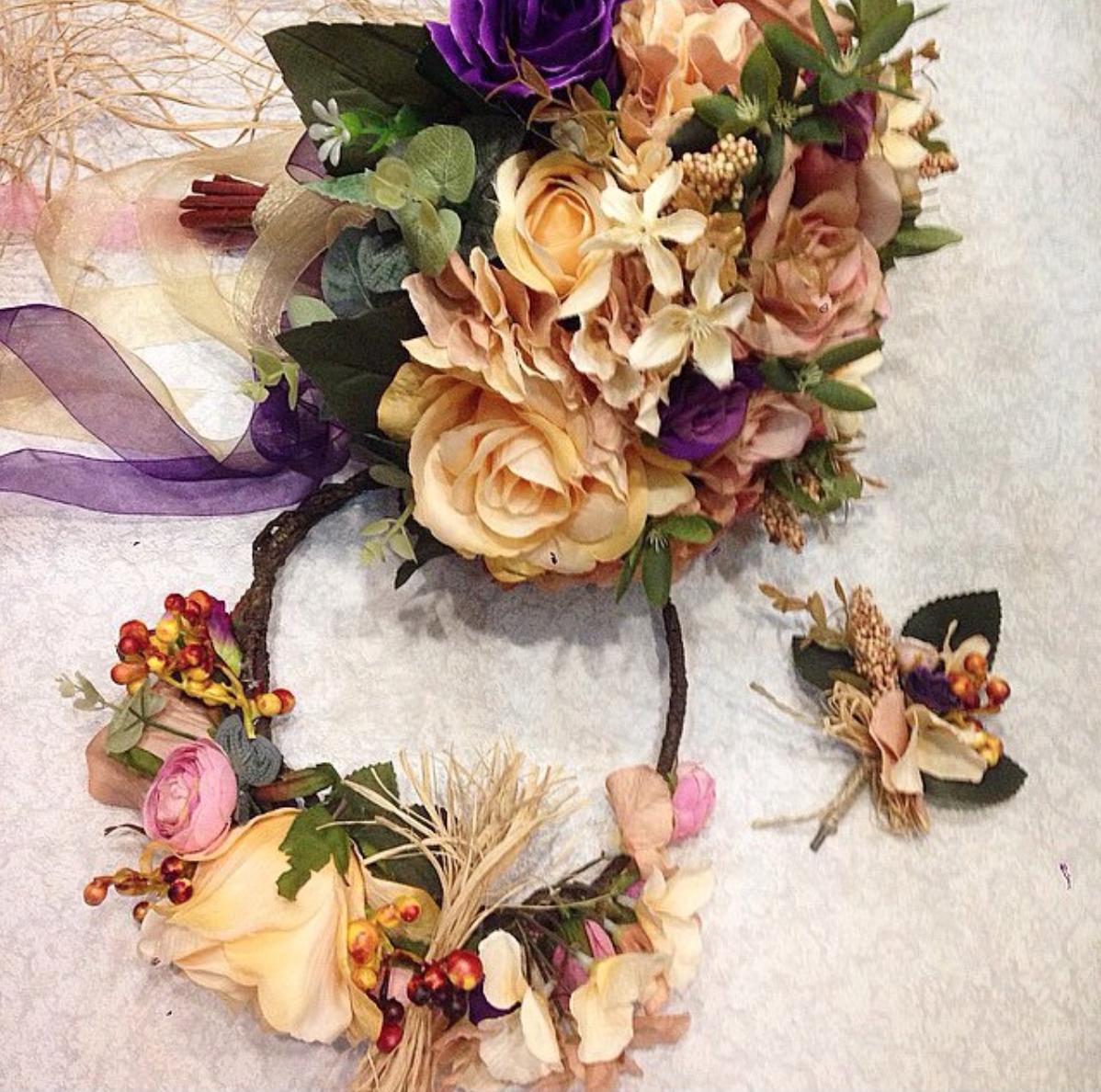 Gelin Aksesuarları – Taç, Çiçek, Ayakkabı