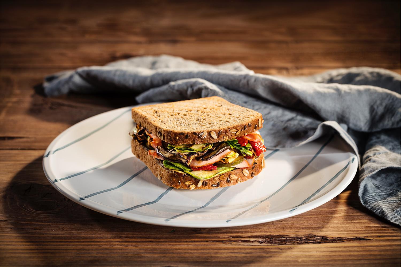 Tam Tane Tahıllı Uno Premium Ailesi ile Tam Beslen Tam Yaşa